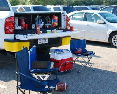 Tailgating Truck Bed Box