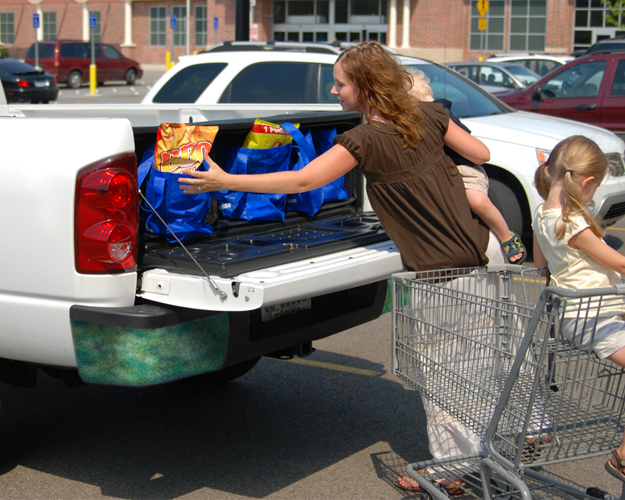 Truck bed cargo box for groceries